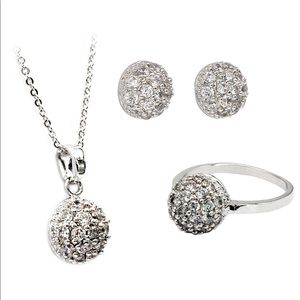 Small crystal hemisphere three-picec silver set